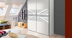 Wardrobe Britannia
